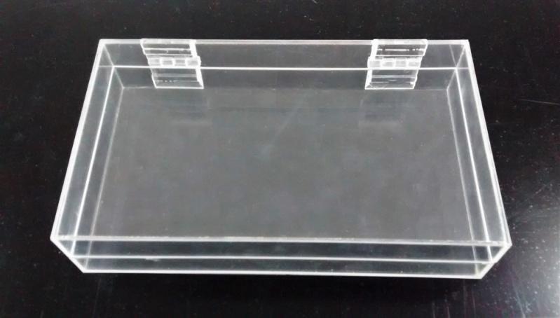 Brinde de Porta Treco em Acrílico Saúde - Brinde de Caixa de Acrílico