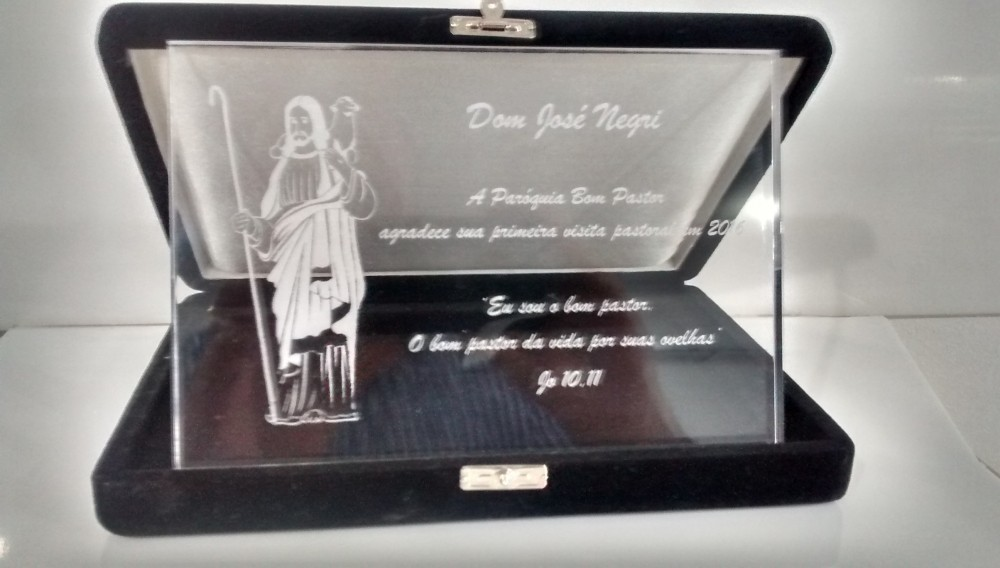Placa de Homenagem de Acrílico Preço no Campo Belo - Medalhas de Acrílico