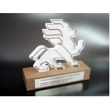 quanto custa troféu personalizado em acrílico Brooklin