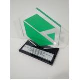 venda de troféu corporativo de acrílico colorido Pedreira