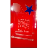 venda de troféu de acrílico transparente para formatura Aeroporto