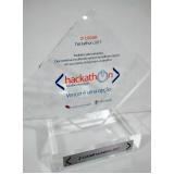 venda de troféu em acrílico transparente Sacomã