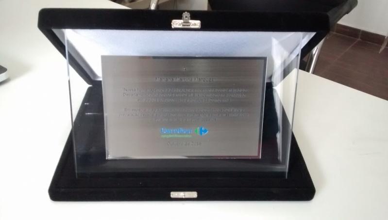 Troféu para Prêmio em Acrílico sob Medida Jardim América - Troféu em Acrílico para Personalizar