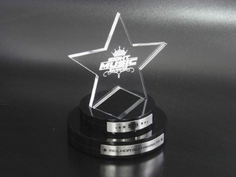 Troféus de Acrílico Transparente para Formatura Itaim Bibi - Troféu para Prêmio em Acrílico sob Medida