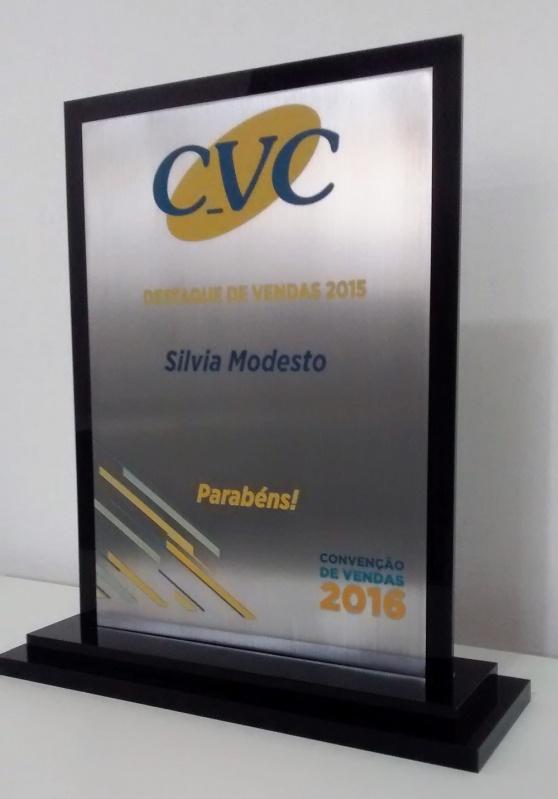 Venda de Troféu Esportivo Colorido em Acrílico Pedreira - Troféu para Prêmio em Acrílico sob Medida